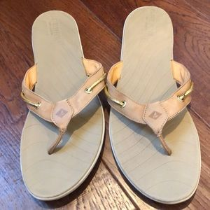 Sperry Flip Flop Sandals Size 9.5
